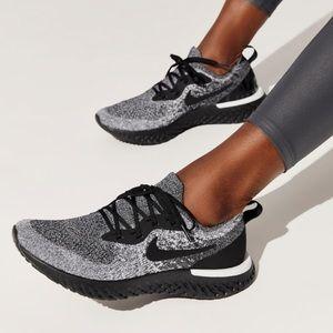 Nike epic react Oreo